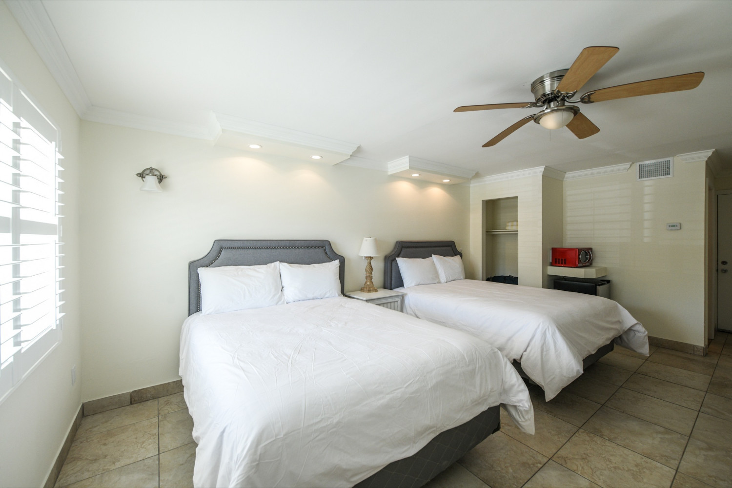Two Queen Room - Siesta Key Vacation Rentals