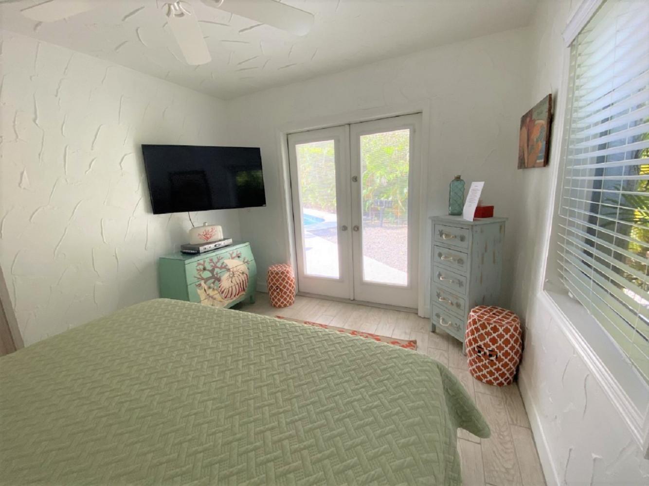 La Perlita West-2 Bedroom, 2 Bath- Sleeps 6