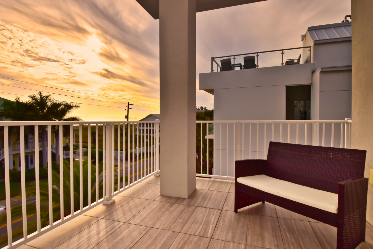 High Tide - Siesta Key Vacation Rentals