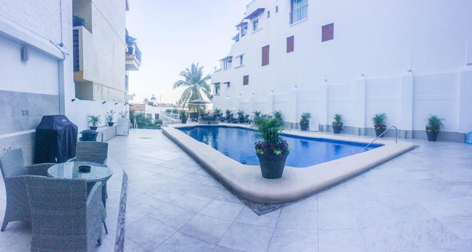 Boana Torre Malibu Puerto Vallarta Mexico Best Price Guarantee Voucher Hotel West Lake Jogja Photo