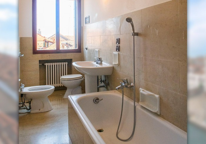 Apartment Guglie Con Terrazza Venezia Italy Best Price