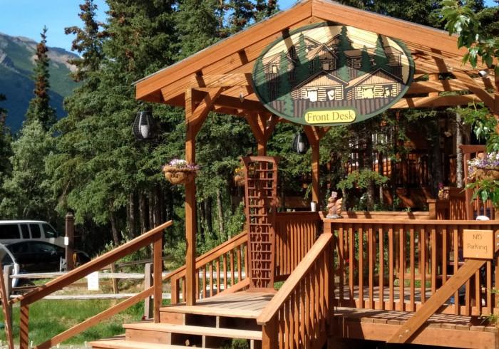 Denali Crow's Nest Log Cabins