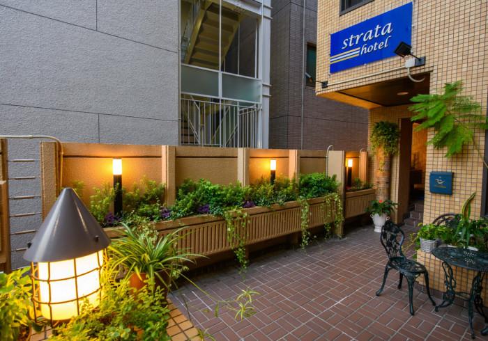 Strata Hotel