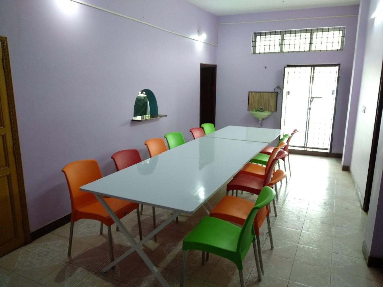Droid Hostel - Pondicherry , India - Best Price Guarantee