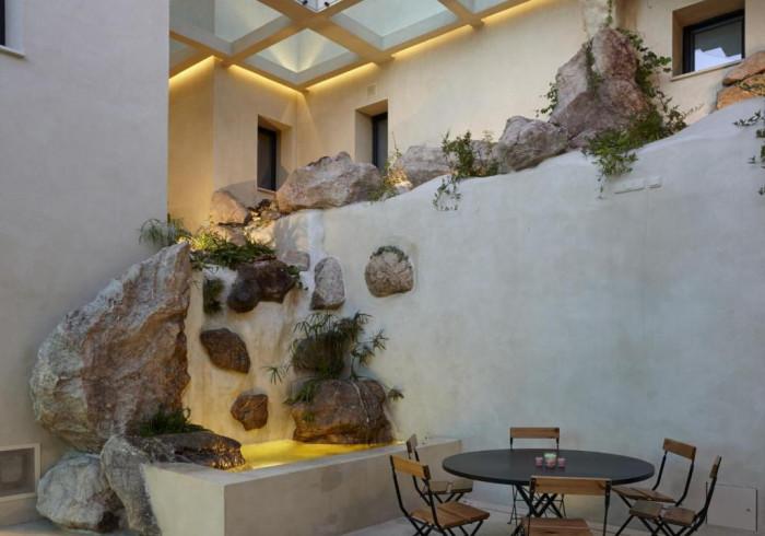 Hotel Essentia