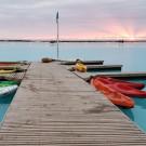 Muelle y kayak