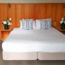 Riverside Unit Bed