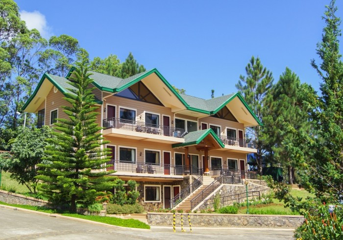 Pinegrove Mountain Lodge