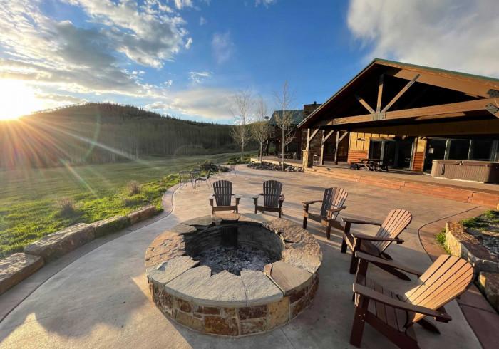 Electric Mountain Lodge