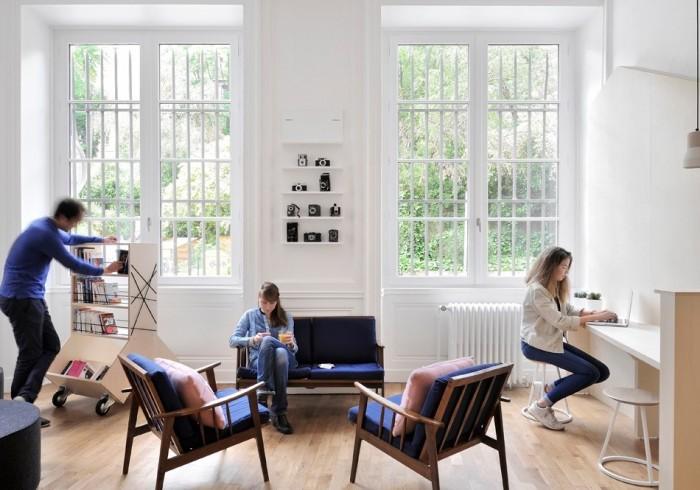 away hostel coffee shop lyon france meilleur prix. Black Bedroom Furniture Sets. Home Design Ideas