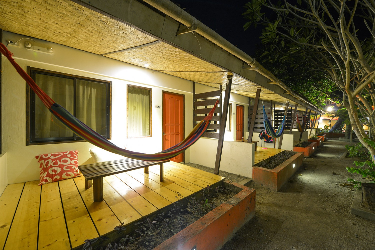 The Lazy Dog Bed And Breakfast Boracay Book Now # Muebles Nova Luxe Zacatecas