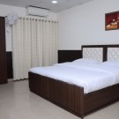 7 Days Service Appartment